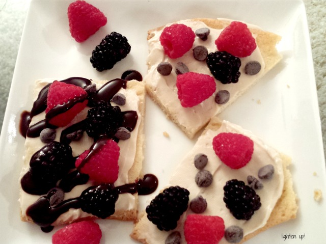 individual chocolate fruit pizzas - Lighten Up!