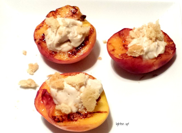 grilled peaches with cream cheese and cookie topping | Lighten Up!