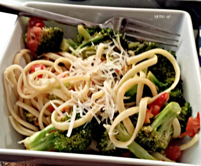 lemon linguine with broccoli and tomatoes