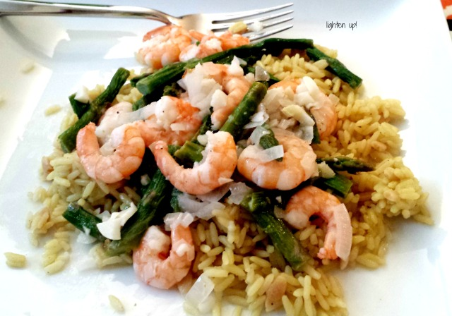 skinny shrimp and asparagus scampi