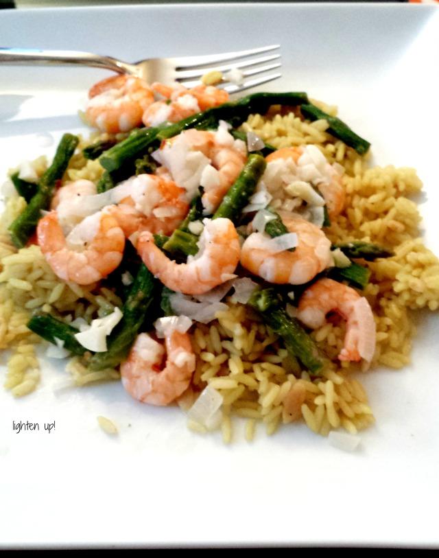 skinny shrimp and asparagus scampi